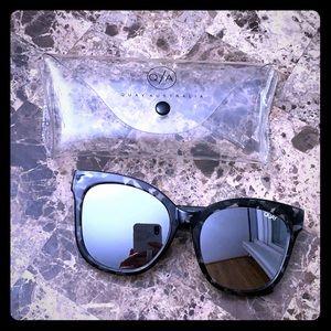 QUAY Black Mirrored Oversized Sunglasses 🕶